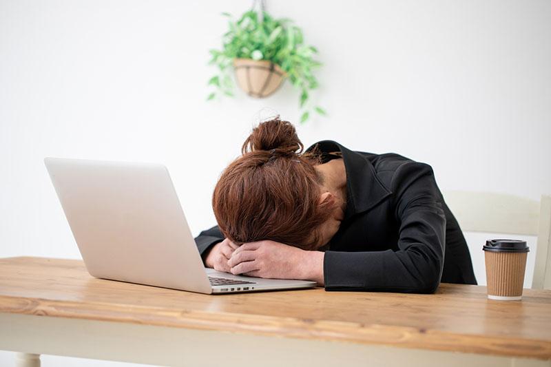 緊張型頭痛の原因